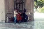 Cello-Spieler im Hofgarten