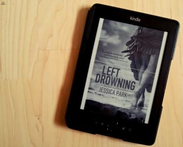"""Buchmeinung zu """"Left Drowning"""" von Jessica Park, #Sonntagstanz 41"""