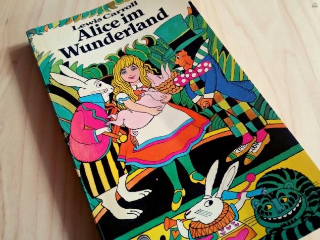 Alice im Wunderland Book Tag