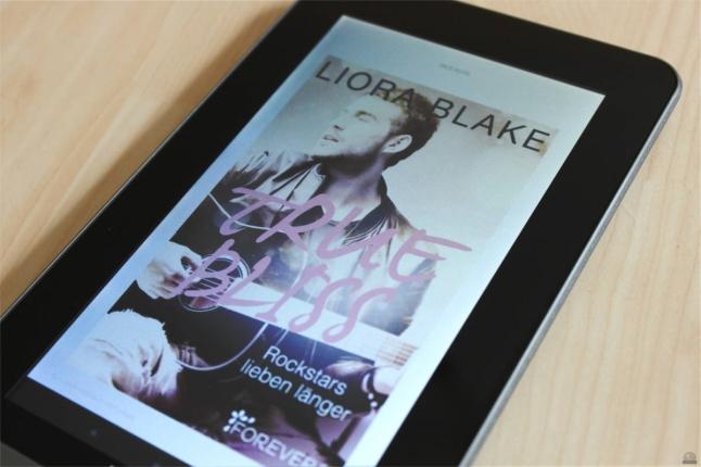 """Rezension zu """"True Bliss: Rockstars lieben länger"""" von Liora Blake, 2016 (primeballerina's books)"""